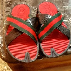 Gucci sandals red green an black authentic